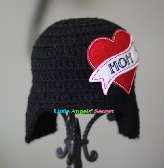Crochet Valentine Hat : Mom baby crochet hat, Valentines Day crochet hat, I Love Mom, Crochet ...