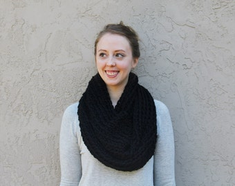 Chunky Crochet Cowl Scarf in Black // READY TO SHIP