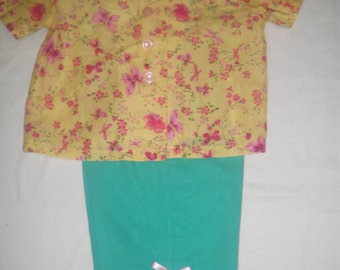 Pretty and Girlie Blouse and Capri's Outfit - size 4T