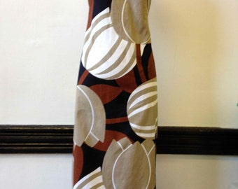 "1970's Handmade Cotton Tulip Print Full Length Sun Dress- 28"" Waist"