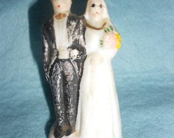 Creepy Wedding Topper 1920s-30s Era Elegant Bride & Groom Porcelain Antique Elegance (Slighty Creepy)