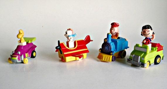 Mcdonald S Happy Meal Snoopy Woodstock Train Car