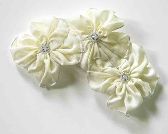 Perfect wedding hair 3 cream ribbon flowers hairclip