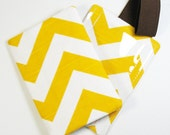 Passport Cover & Luggage Tag Set - Yellow and White Chevron