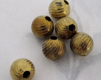 15 pcs. raw brass etched swirl beads 8mm - f4036