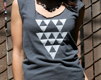 SALE  - S,L- Womens tops tshirts - silkscreen womens t-shirt - graphic tee for woman - tops and tees, gray t-shirt - triangle design