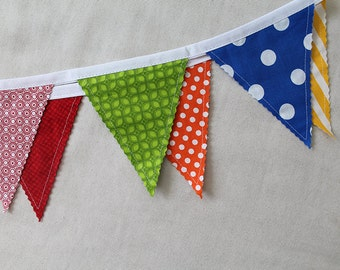 Circus / Carnival colors Bunting party decoration. Fabric sewn flag banner. Photo prop. 12 pennant flags