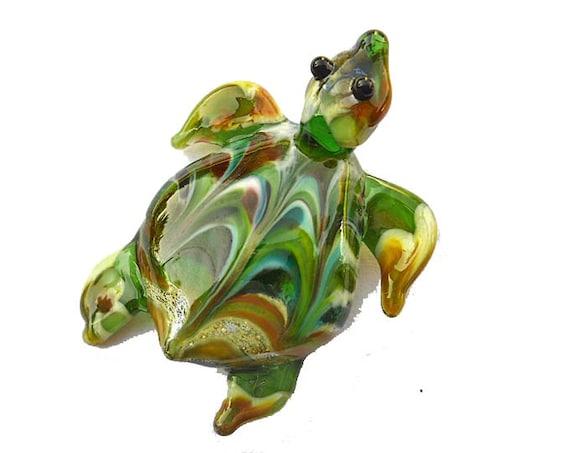 Sea turtle pendant, Lampwork Glass Beads, green earthy raked, SRA jewelry, Isinglass Design, lamp work glassbead, tt team