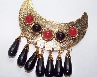 SJK Vintage -- Gem-Craft Gold Tone Etruscan Revival Brooch with Dangling Beads and Cabochons (1970's)
