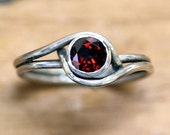 Sterling silver garnet ring - January birthstone ring, unique gemstone ring, red garnet jewelry - mini pirouette ring - ready to ship sz 6