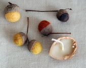 Woolen Acorns and Beeswax Walnut Votive Gift Set - Yellow
