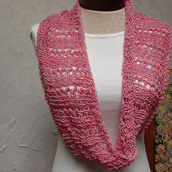 Knitting Cowls In The Round : Pattern lace cowl knit in the round from