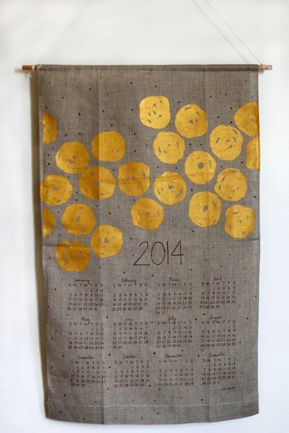 2014 Disco Dots Wall Calendar