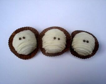 Cake Balls: Mummy Bitty Bites of Cake for Halloween. Cake Truffles. Candy Cake