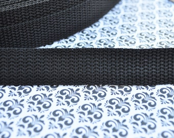 3 yards of 0.75 inch Nylon Webbing in Black (Medium Weight)