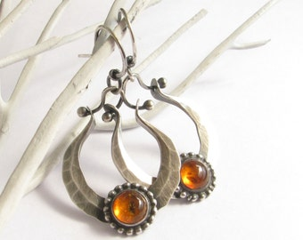 Amber Earrings, Metalsmith Silver Jewelry, Hammered Sterlng Silver Hoop Earrings, Baltic Amber Jewelry, Gemstone Earrings, Artisan Earrings