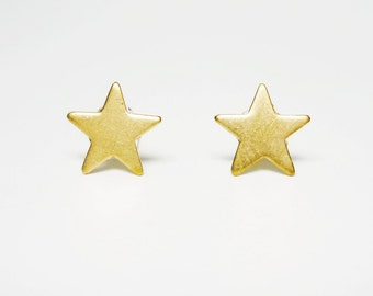 Brass Gold Star Stud Earrings 925 Sterling Silver Posts,Star Earrings Bridesmaid Gift,Minimal Jewelry,Everyday Jewelry,Simply Jewelry,Sky