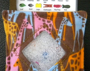 I Spy Bag - Mini with SEWN Word List and Detachable PICTURE LIST- Giraffes