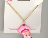 Vintage 1981 STRAWBERRY SHORTCAKE Holding Cat Plastic Charm On 16 Inch Necklace Original Card No.66A
