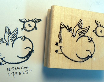 P46 Flying pigs rubber stamp WM