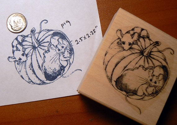 Mice on pumpkin rubber stamp WM P19