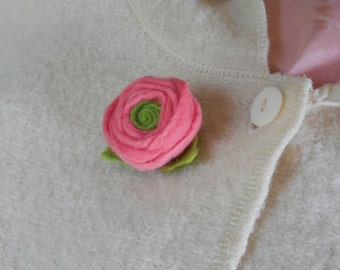 Felted Brooch - ranunculus flower - medium - hand dyed and felted merino wool brooch - choice of color