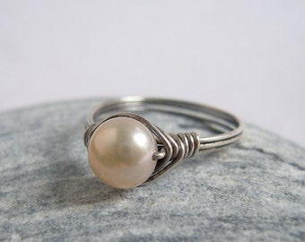 Light Peach Pearl Sterling Silver Ring, Classic Freshwater Pearl Everyday Jewelry