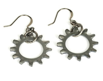 Steampunk Large Gunmetal Antiqued Silver Clockwork Gear Earrings by Velvet Mechanism