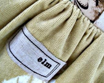 Button Down Towel - Elm
