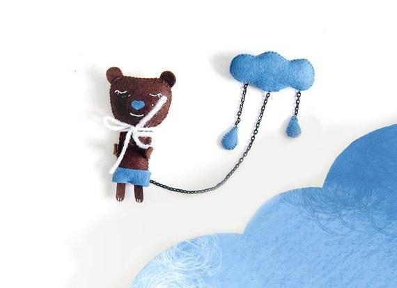 A Bear and a cloud - brooche - felt - cloud brooch