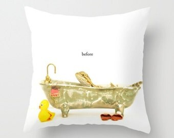 Bearded Dragon As A Baby In The Tub Pillow Cover Children's Decor Natural History Pillow Cover Dragon Lizard