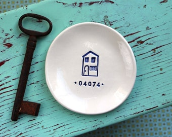 Your Zip Code on a Dish with House Design, Custom Dish with Zip Code, Personalized Ceramic Dish with House Design