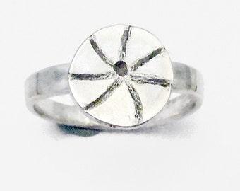 Handmade Ring, Sterling Sliver Ring, Silver Ring, Spoke Ring, Round Top Ring