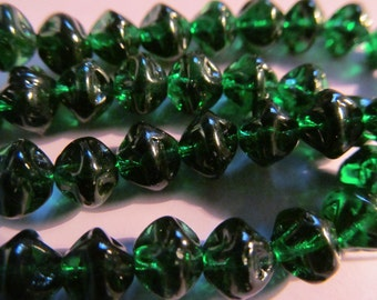 Vintage Glass Beads (16) Emerald Green German Beads