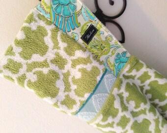 Dancing Paisley Hooded Bath Beach Pool Towel // Baby Gift // Baby Shower //Birthday Present