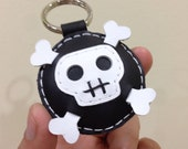 Leather Keychain - Ashbren the Skull leather charm ( black and white )