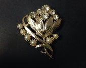 1950s Pearl and Rhinestone Flower Brooch