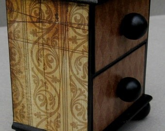 Harlequin Keepsake Box Chest