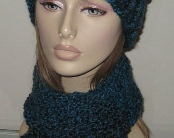Homespun Winter Hat and Scarf Set in Lagoon