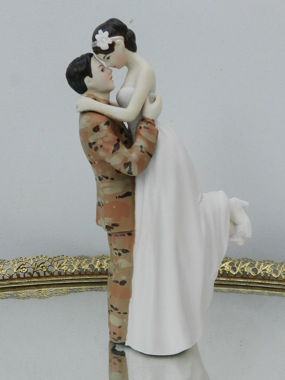 military wedding cake toppers us army soldier camo wedding cake by 17372