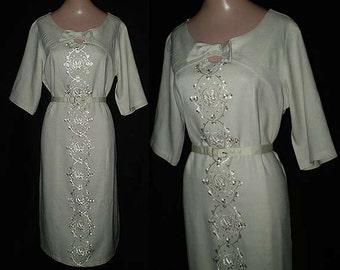 Vintage 50s Beige Embroidered Sheath Dress L