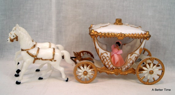 wilton wedding cake topper cinderella princess carriage wilton cinderella wedding cake ornament by abettertime 27538