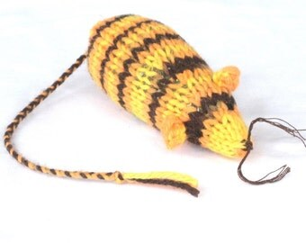 Knit Catnip Mouse Cat Toy in Fall Halloween Colors