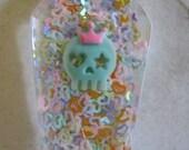 Kawaii Skull Queen of Hearts Coffin Resin Cabochon