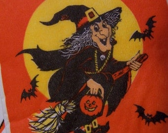 witches and ghosts paper napkins
