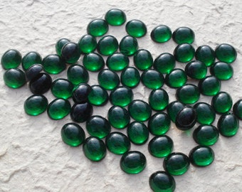 Vintage 12x10mm Emerald Green Gold Foiled Flat Back Smooth Top Oval Glass Cabs (6 pieces)