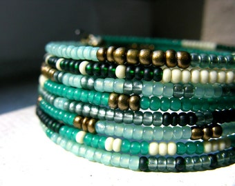 Wrap Cuff Bracelet Emerald Green And Gold - The Canopy