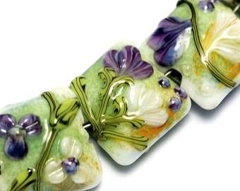 Seven White & Purple Flora Pillow Beads - Handmade Glass Lampwork Bead Set 10504504