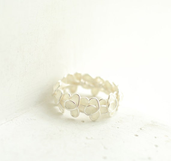 Snow White Forget Me Not Knot Ring Sterling Silver, 1st Wedding Anniversary Paper Artisan Jewelry, New Mom Best Friend Long Distance Gift...