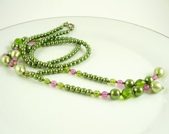 Vintage,Necklace,Green and Purple Glass Pearl and Crystal Pendant Necklace, 70's Necklace, Green Necklace, Vintage Necklace,Vintage Jewelry
